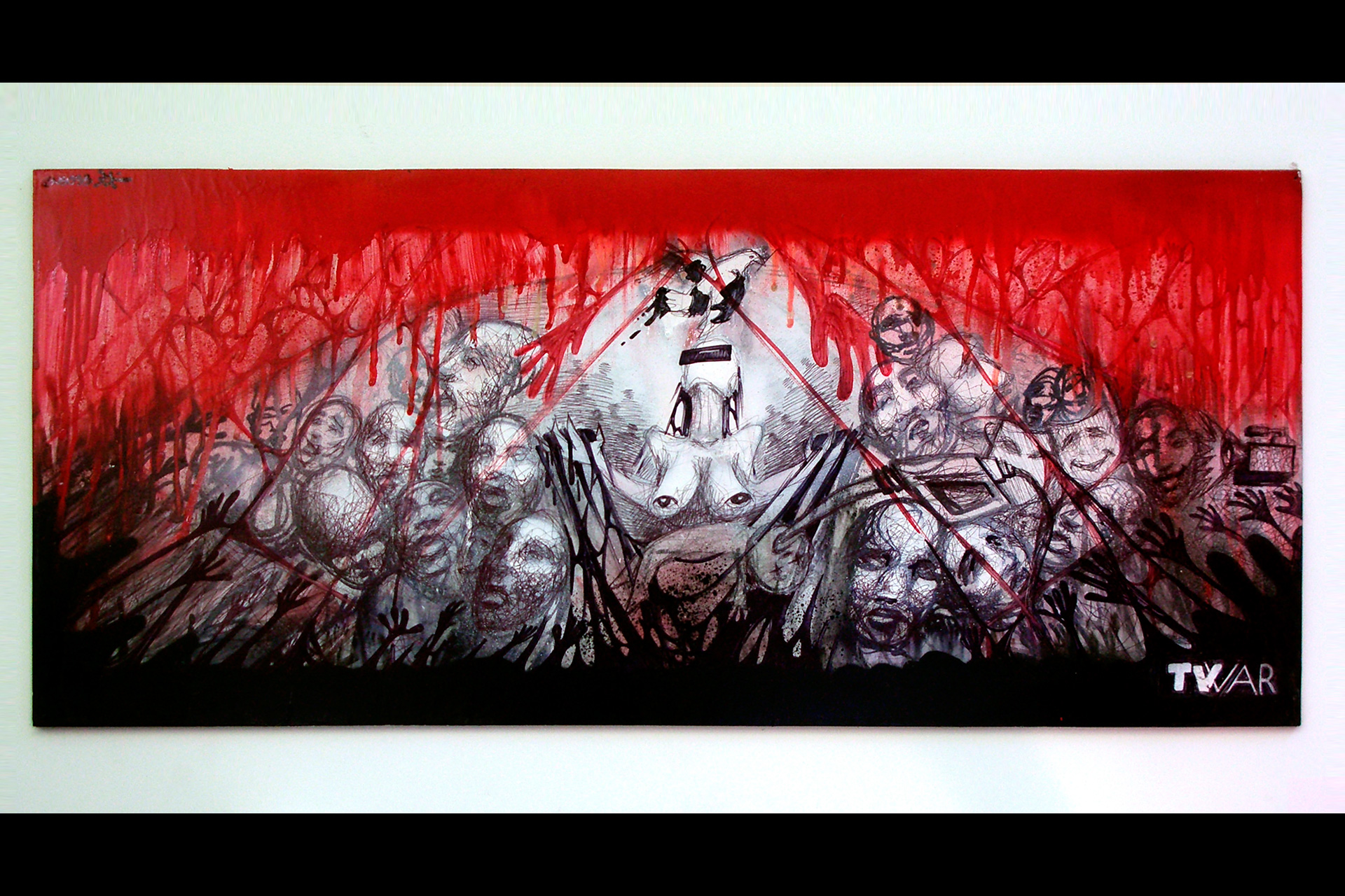 SUSO33 TV War (Guernica) Spray on board